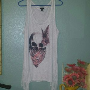 Torrid sleeveless skull tank with fringe