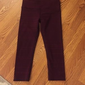 Reversible Fabletics cropped pant!
