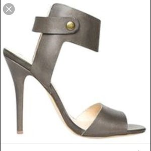 Shoemint Shoes - Sandal with ankle strap