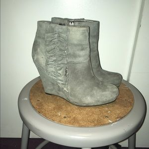 DKNYC Shoes - Grey Suede Wedges