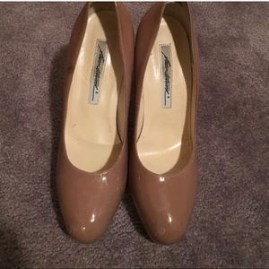 Brian Atwood Shoes - Brian Atwood Pumps. Size 8/38