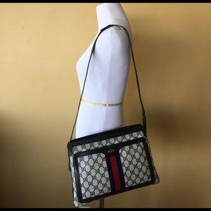 Gucci Handbags - Authentic Vintage Gucci bag