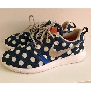 """eb64da214f5ff Nike Shoes - Nike Roshe Run NM """"City Pack"""" QS NYC"""