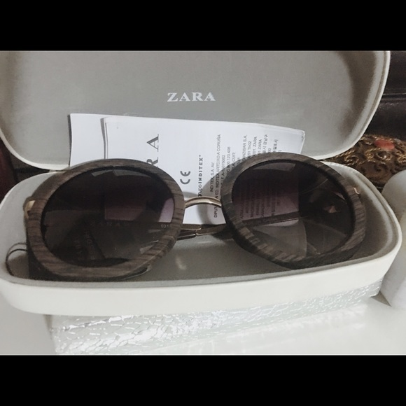 763a5a5a9a Zara wooden frame sunglasses with UV protection