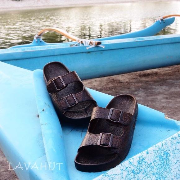 457e9a2f0e0f Pali Hawaii Buckle Sandals