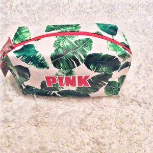 PINK Victoria's Secret Handbags - 🌹 HP 🆕 Victoria's Secret PINK Makeup Bag