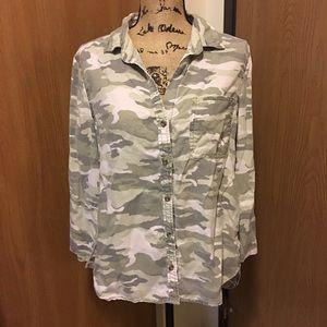 CLOTH & STONE Soft Camo Denim Button Up Shirt Top
