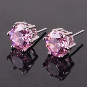 Boutique Jewelry - 7mm Pink Swarovski Crystal & White Gold Earrings