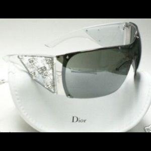 Christian Dior Accessories - Christian Dior GRANDSALON sunglasses