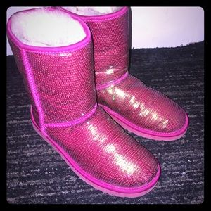 Authentic hot pink uggs size 8