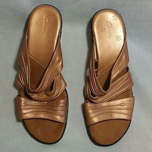 Women's Clarks Sandals Size 7 M Leather Slides