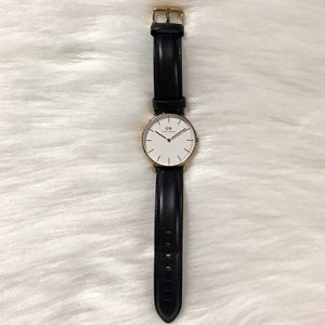 Daniel Wellington black leather rose gold watch