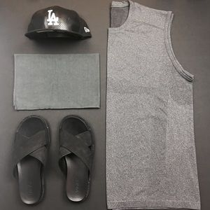 Lululemon Men's Metal Vent Sleeveless in  Grey