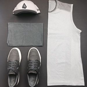 Lululemon Men's Metal Vent in Light Grey