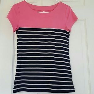 Like New DNA Couture Top. Size Medium