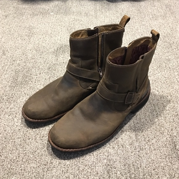 e05a6dc0b3fa Clarks Other - Men s Clark Boots