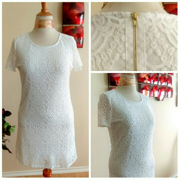 Ambiance Apparel Dresses - ⬇White Lace Dress w/ Gold Hardware