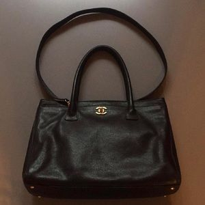 CHANEL Handbags - *ADDITIONAL PHOTOS* Chanel Executive Cerf Tote GHW