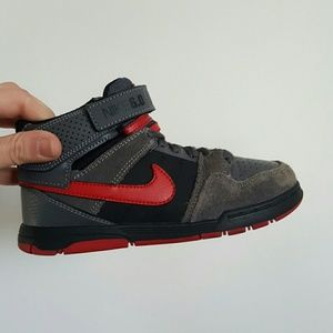 Nike Other - NIKE 6.0 YOUTH 12.5 C HIGH TOP DUNKS SNEAKERS
