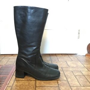 Naturalizer Shoes - Black leather boots w/ heel and zipper