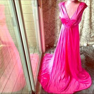 Vintage Van Raalte Pink Flowing Lace Lingerie Gown