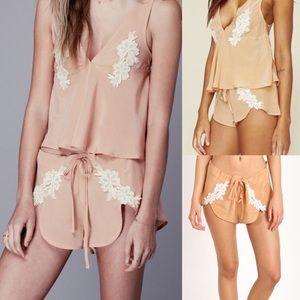 NWT for love & lemons Adeline silk shorts m