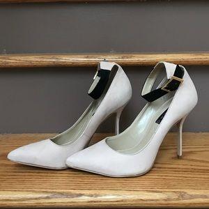 Steven by Steve Madden Shoes - BNWOB STEVEN BY STEVE MADDEN Suede Heels