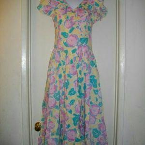 Laura Ashley Dresses & Skirts - Multicolored Laura Ashley 8 Fits Small Dress
