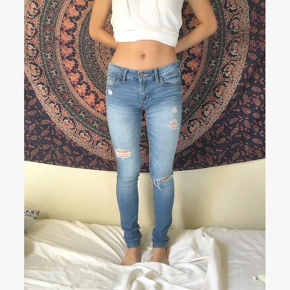 Hollister Jeans | Light Wash Skinny Ripped | Poshmark