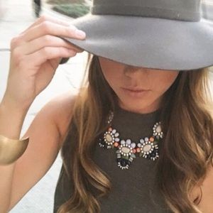 NWT Emily Bloom Statement Necklace