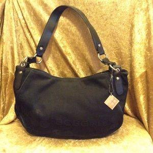 BCBG Handbags - BCBG Black Everyday Bag