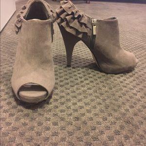 Heels booties with peep toe