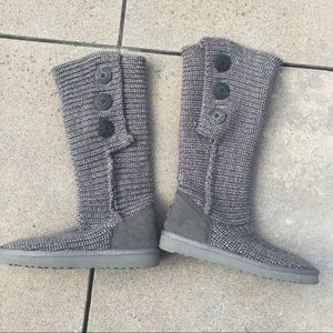 UGGS Gray Classic Cardy