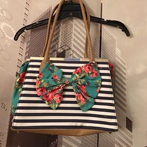 Joe Browns Handbags - Spring purse
