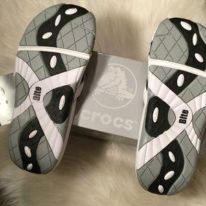 5233ee532135 CROCS Shoes - NWT Crocs Bite Collection Sandals.