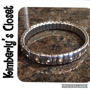 Jewelry - ✨Bracelet w/ 18k Gold Accents✨