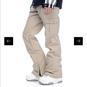 Aperture Pants - BNWT Aperture khaki snowpants