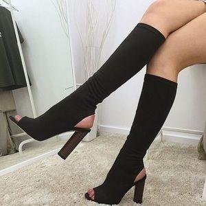 Posh Garden Shoes - 2 LEFT🔹5 1/2 & 6🔹2 LEFT🔹The Black Noir Boots