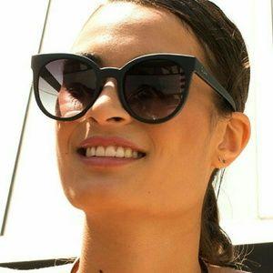 Quay Accessories - ❤🕶 SALE! Quay Australia Sunglasses BNWOT