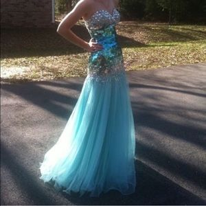 Tony Bowls Dresses & Skirts - Tony Bowls prom dress