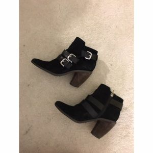 DV by DOLCE VITA BLACK BOOTIES