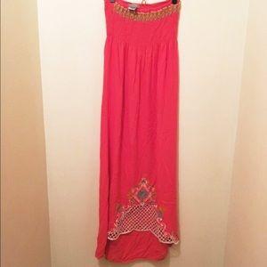 Flying tomato strapless maxi dress