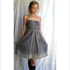 Teeze Me Dresses & Skirts - Cute NWT Windsor Strapless Dress Floral Trim Sz 5