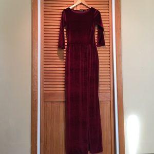 Boohoo velvet burgundy maxi dress