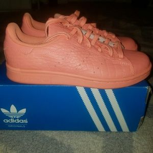 Adidas Shoes - Adidas Originals Stan Smith Sunglow SZ 6  LIKE NEW