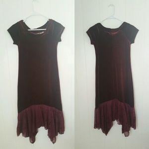 Thalia Sodi Dresses & Skirts - Gorgeous velvet dress