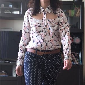 HP 🍹🍻MinkPink Floral Blouse with Cutouts