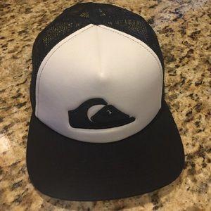 Quiksilver Other - NWOT • Quiksilver Basic Trucker Hat
