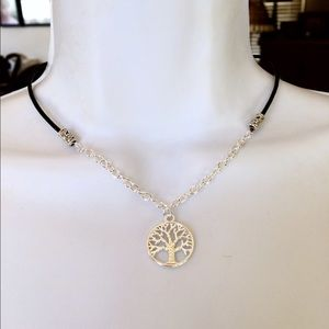 Jewelry - Tree of life leather chain choker necklace