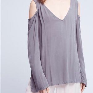 Anthropologie/Cloth and Stone Cold Shoulder Top